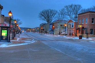 Le Claire, Iowa - Downtown Le Claire