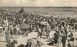 Long Beach, New York - Crowded beach, c. 1923