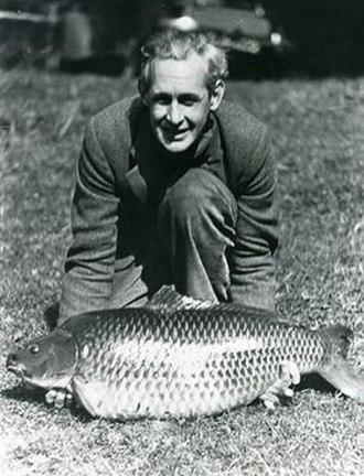 Richard Walker (angler) - Richard Stuart Walker with the record carp