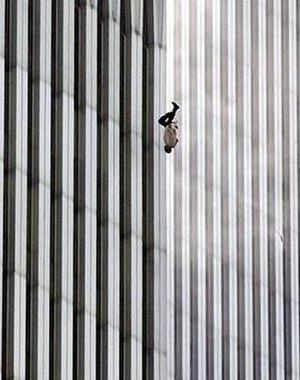 Richard Drew (photographer) - The Falling Man