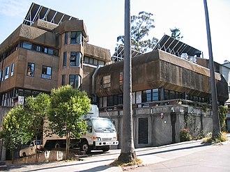 Berkeley Student Cooperative - Casa Zimbabwe