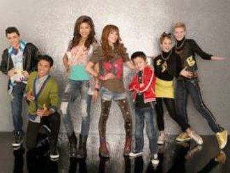 Shake It Up (season 2) - Image: Cast of shake it up season 2