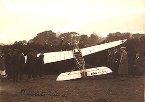 Denys Corbett Wilson - Corbett Wilson's Bleriot XI crash landed.