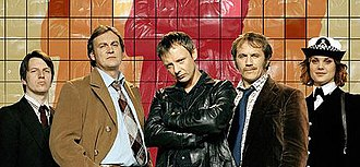Life on Mars (UK TV series) - The main characters of Life on Mars, from left: DC Chris Skelton, DCI Gene Hunt, DI Sam Tyler, DS Ray Carling and WPC/DC Annie Cartwright
