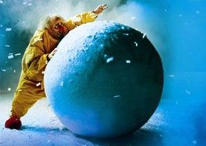 Slava Polunin in Snowshow