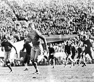 1929 Rose Bowl - Roy Riegels' wrong way run.