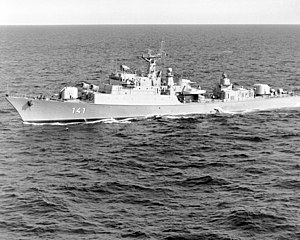 Frigate Koni East German.jpg