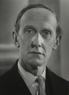 Lord David Cecil in 1954.jpg