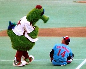 Phillie Phanatic - The Phillie Phanatic with the Montreal Expos' Andrés Galarraga in 1987