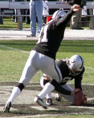 Sebastian Janikowski - Janikowski and punter Shane Lechler in July 2007