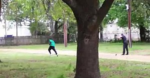 Shooting of Walter Scott - Screenshot of phone video taken by eyewitness Feidin Santana, showing Officer Michael Slager shooting Walter Scott