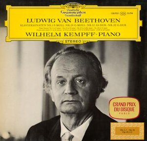 Wilhelm Kempff - Image: Wilhelm Kempff Beethoven Piano Sonatas DG 138 935