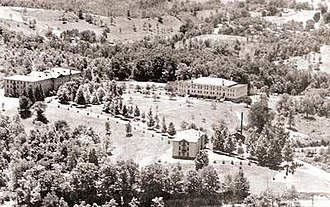 Alderson Broaddus University - The college's campus in the early 1930s.