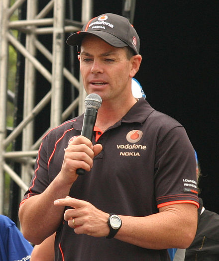 craig lowndes - photo #16