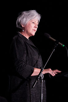 Sally Mason introducing Robert Reich - Sep. 7, 2011.jpg