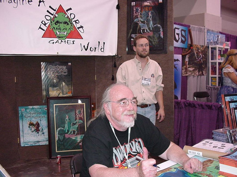 Gary Gygax and Stephen Chenault at Gen Con 2003