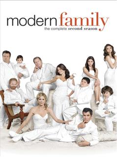 <i>Modern Family</i> (season 2) season of television series