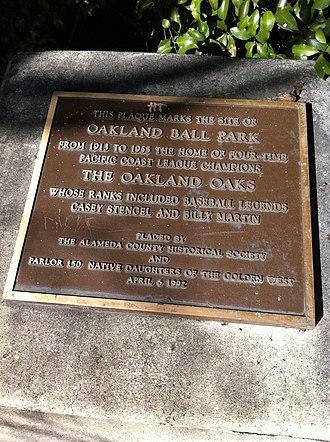 Oaks Park (stadium) - Plaque commemorating Oakland Ball Park.