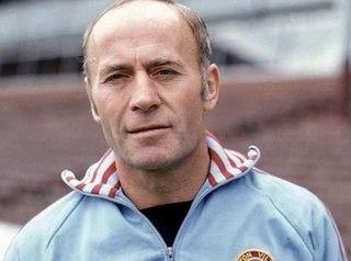 Ron Saunders English footballer