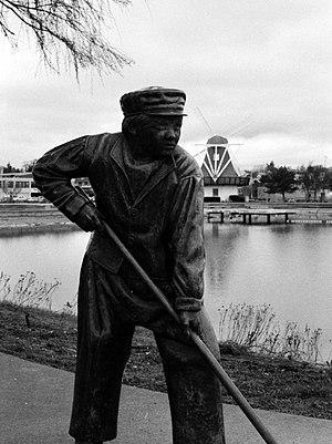 Oak Harbor, Washington - Image: Dutchcleaningboy