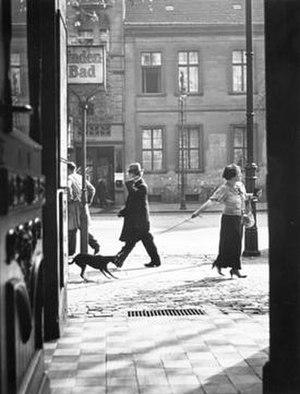 Roman Vishniac - Recalcitrance, Berlin, 1926 by Roman Vishniac