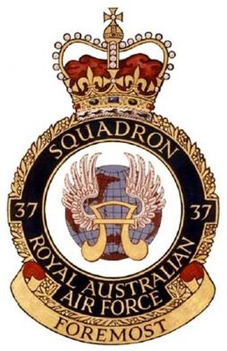 No. 37 Squadron RAAF - No. 37 Squadron's crest