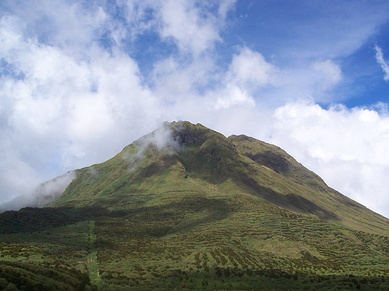 800px Mount Apo %Category Photo