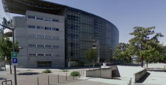 Cité Scolaire Internationale de Lyon - Sixth form college (lycée) building