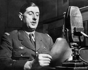General de Gaulle speaking on BBC Radio during the war De-gaulle-radio.jpg