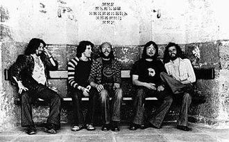Gentle Giant - Left to right: Derek Shulman, Ray Shulman, John Weathers, Gary Green and Kerry Minnear, in 1977.