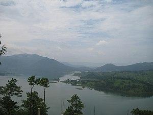 Umiam Lake - Image: View 1 Umiam Lake
