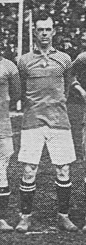 Billy Baker (footballer, born 1894) - Baker lining up for Brentford in 1919.