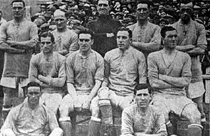 Fred Keenor - Image: Cardiff City squad 1920