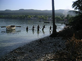 Môle-Saint-Nicolas - Image: Communal Fish netting at MSN