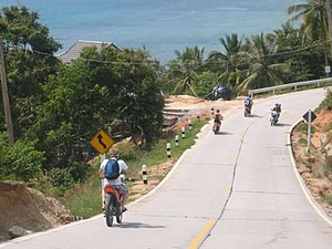 Ko Pha-ngan - Exploring the island on motorbikes