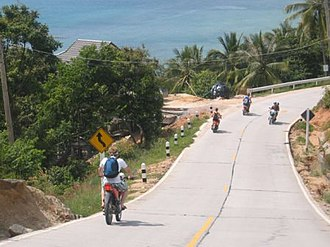 Ko Pha-ngan - Motorbikes are a major means of travel