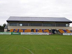 Station Road, Newbridge - Image: Stand 2