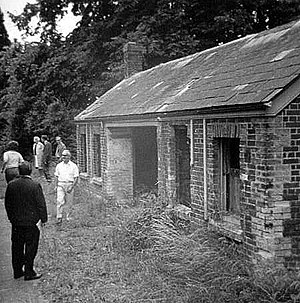 Moretonhampstead and South Devon Railway - Image: Teigngracestation