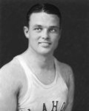 Tom Churchill (athlete) - Churchill's OU basketball photo