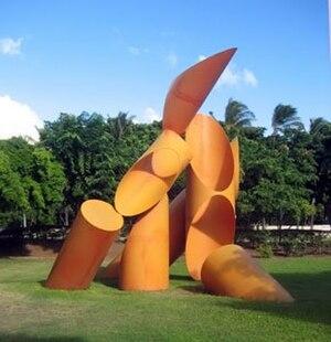 Alexander Liberman - Alexander Liberman, Gate of Hope, painted steel, 1972, University of Hawaii at Manoa