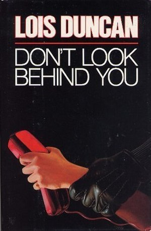Don't Look Behind You - Image: Don't Look Behind You
