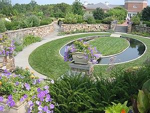 Lewis Ginter Botanical Garden - Image: Lewis Ginter Sunken Garden