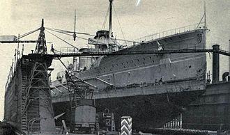 SMS Seydlitz - Seydlitz in the floating dry dock at Kiel, before the war