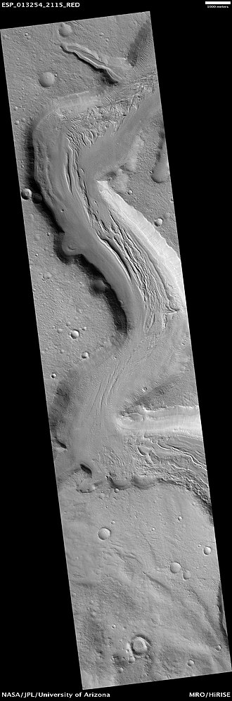 Ismenius Lacus quadrangle - Image: Mamers Valles Cliff