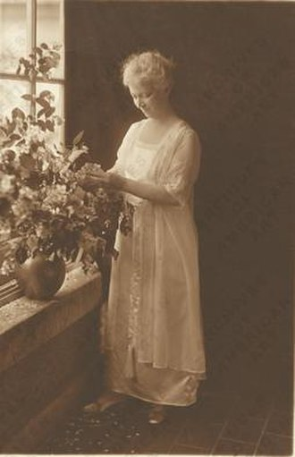 Mary Chase Perry Stratton - Image: Mary Chase Stratton