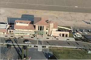 Paso Robles Municipal Airport - Image: Pasoterm aerial