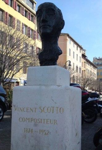 Vincent Scotto - Bust of Vincent Scotto by André Arbus on the Place aux Huiles, Marseille, France