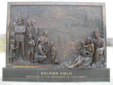 20070110 Soldier Field Bronze Mural (1)