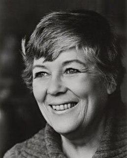 Dorothy Dunnett Scottish historical novelist