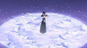 "Rukia Kuchiki - Rukia using the ""first dance, white moon"" ability of Sode no Shirayuki's shikai."